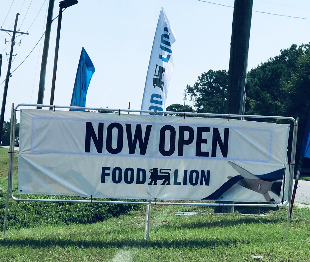 Food_Lion_store_opening_sign_SC.png