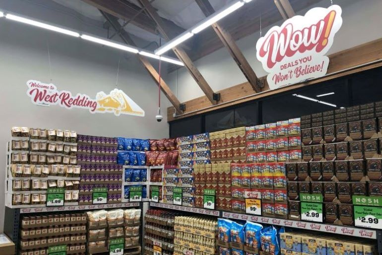 Grocery Outlet store interior_WOW deals-Copy.jpg