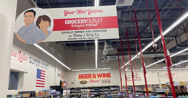 Grocery_Outlet-independent_owners-sign-1.jpg