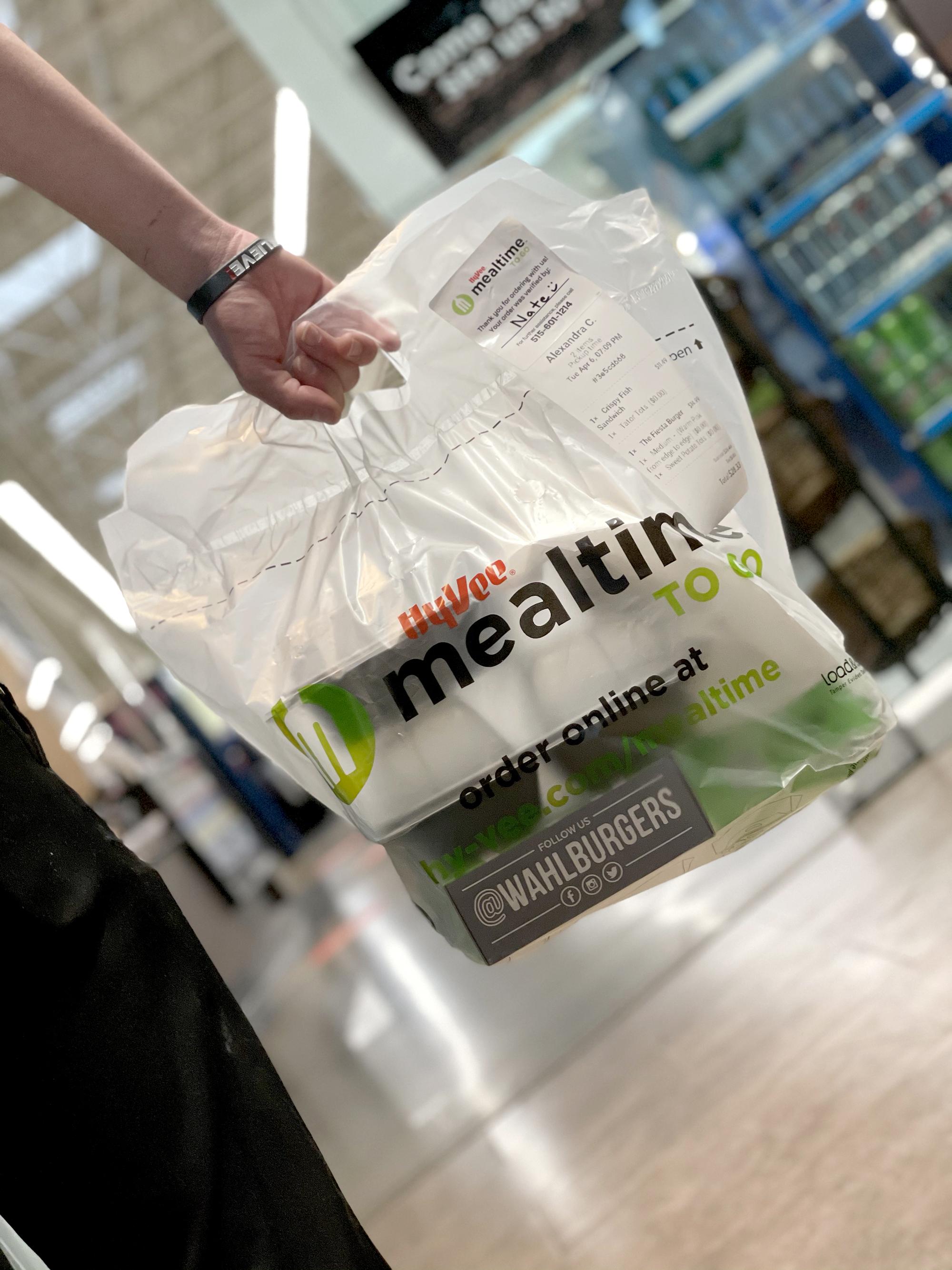 Hy-Vee Mealtime to Go packaging-web.jpg