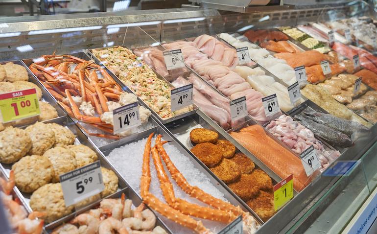Kroger-Florence_KY-seafood_case.jpg