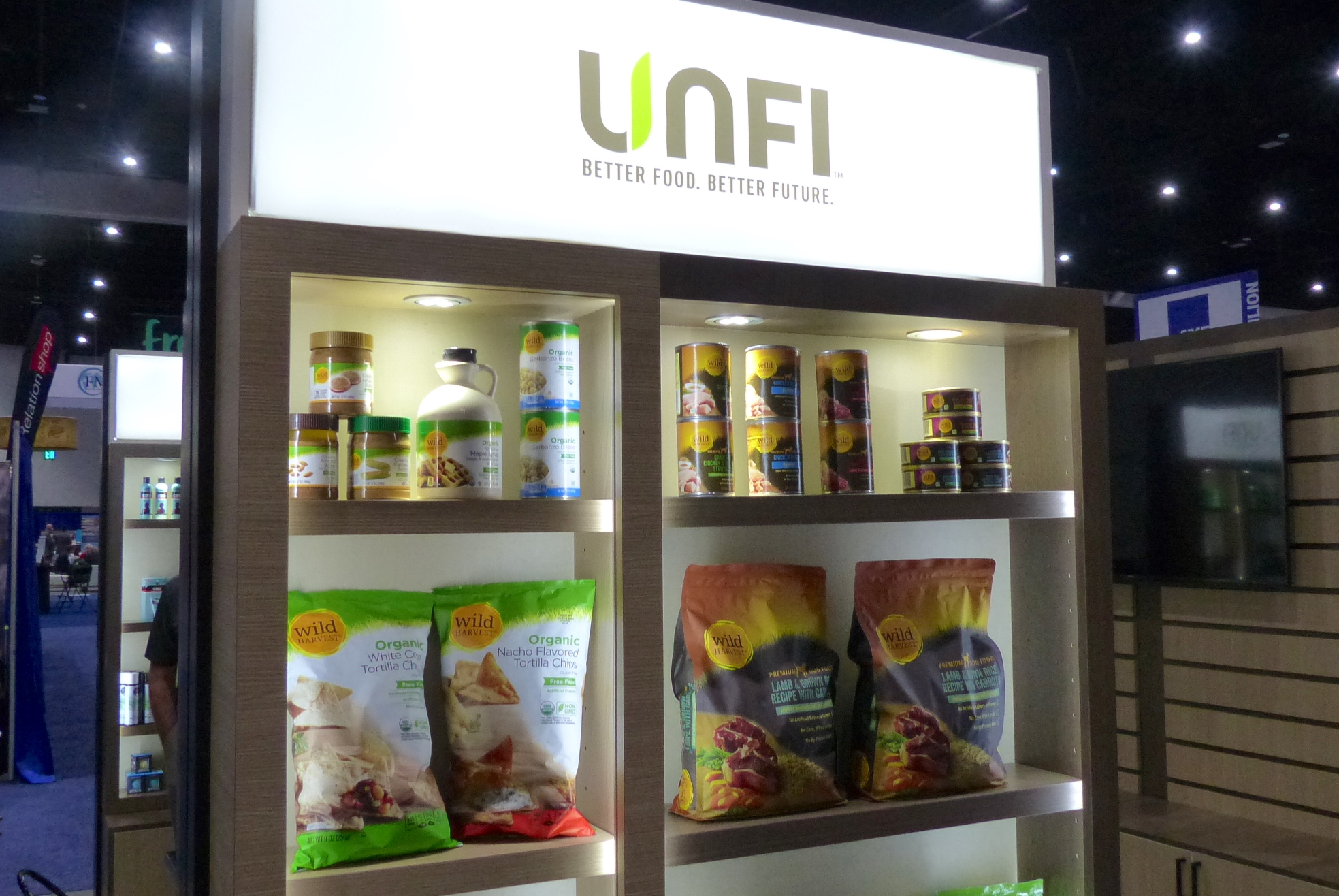 UNFI_private_brands-NGA_Show_2020_booth.jpg