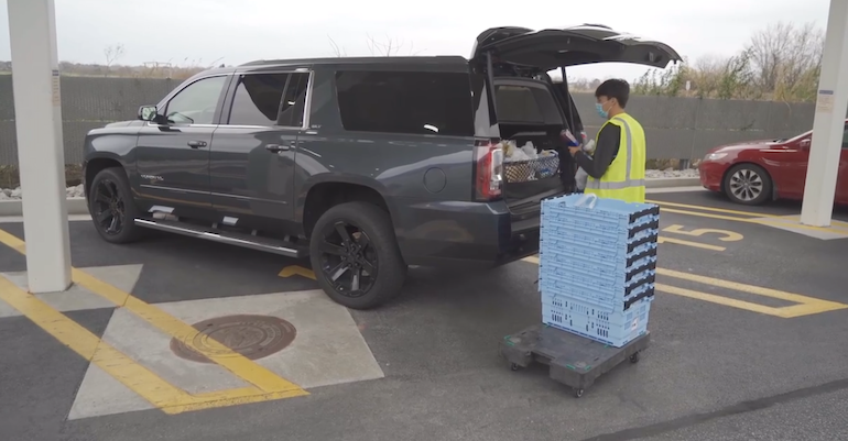 Walmart personal shopper-loading car.png