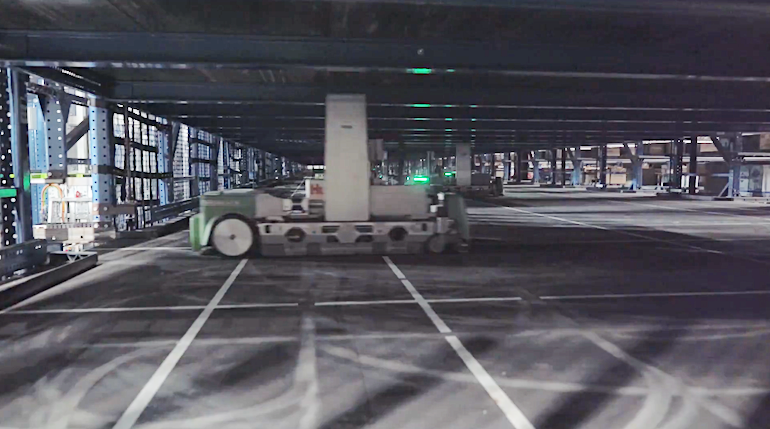 Walmart_regional_DC-Brooksville_FL-Symbotic_robot.png