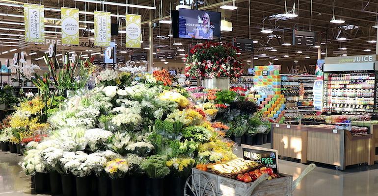 Albertsons_floral_section-Meridian_Market_Street_flagship.jpg