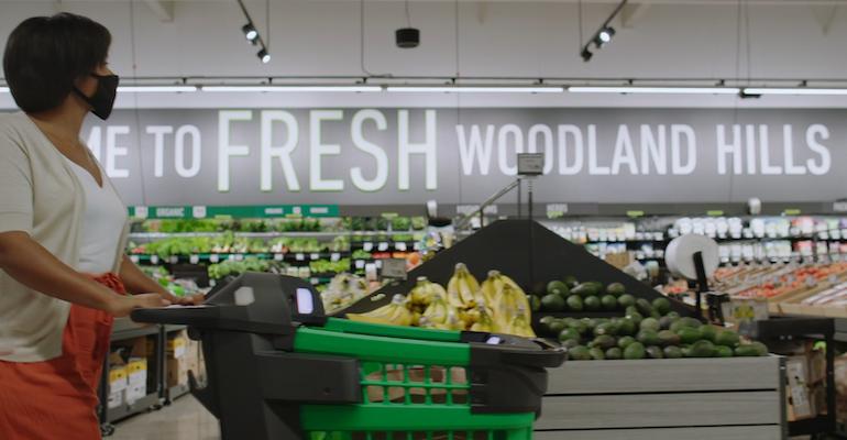 Amazon_Fresh_shopper-Woodland_Hills_CA.png