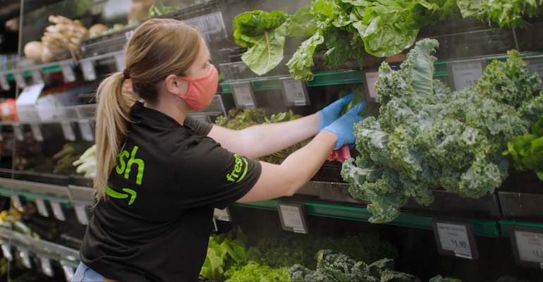 Amazon_Fresh_store-produce_worker-Woodland_Hills.png