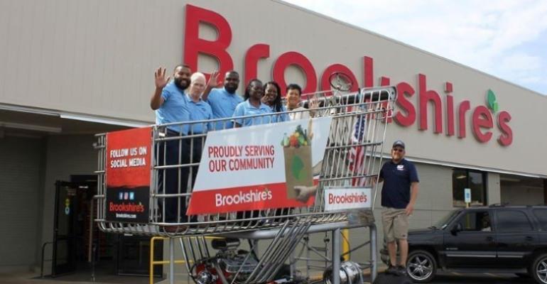 Brookshire Grocery-Big Grocery Cart-2020 NGA Creative Choice Award