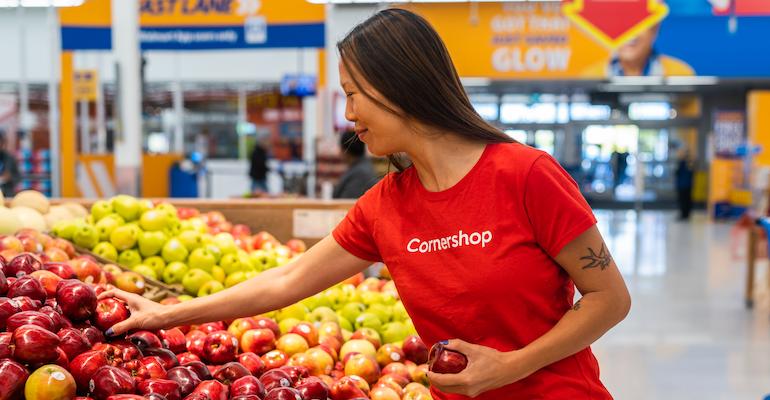Cornershop personal shopper in store