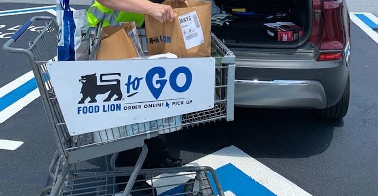 Food Lion To Go-curbside service.jpg