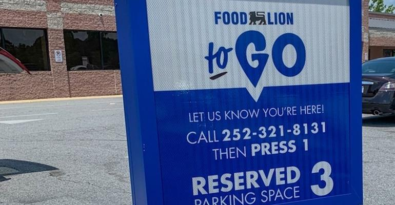 Food_Lion_To_Go_sign-closeup.jpg