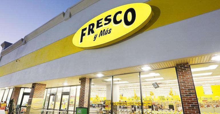 Fresco_y_Mas_store_sign-closeup.jpg