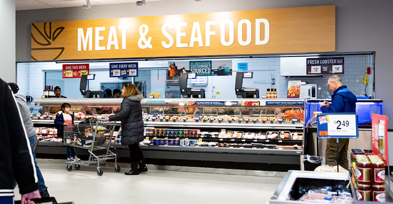 Giant_Food-Landover-seafood_meat_counter.png
