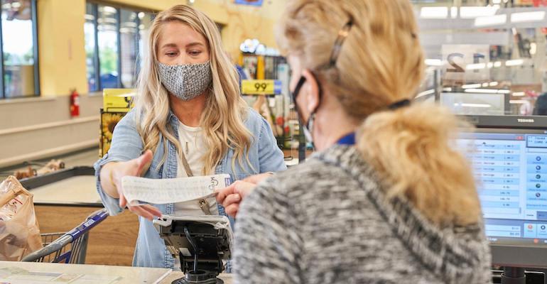 Grocery_shopper-checkout-Kroger-COVID_0.jpg