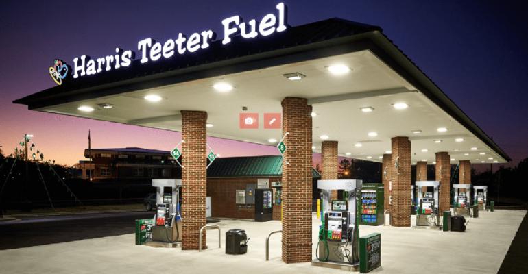 Harris_Teeter_fuel_station.png