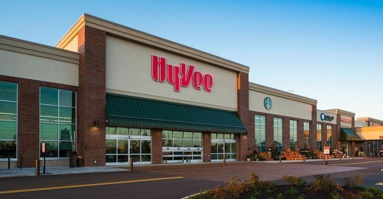 Hy-Vee_supermarket-exterior.jpg