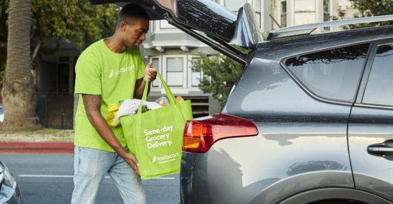 Instacart personal shopper-loading car