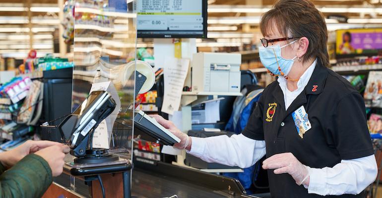 Kroger cashier wearing face mask-coronavirus