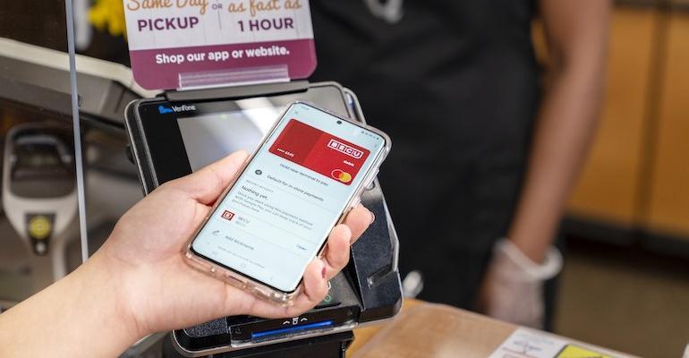 Kroger_QFC_contactless_payment.jpg