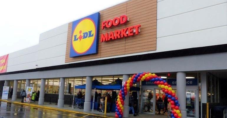 Lidl-West Babylon NY-store exterior.jpg
