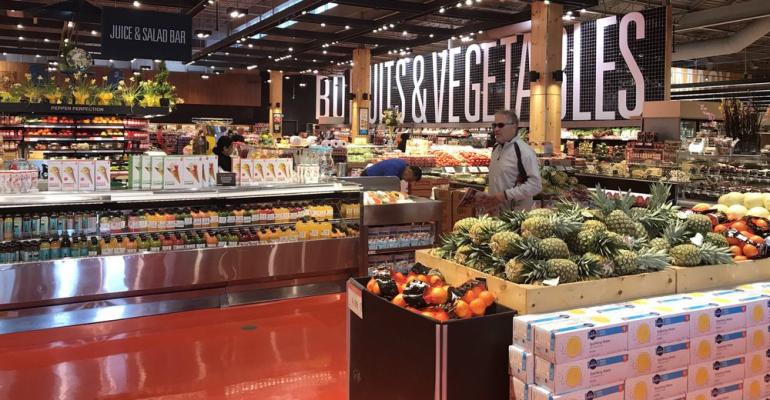 Loblaw_supermarket_produce_area.png