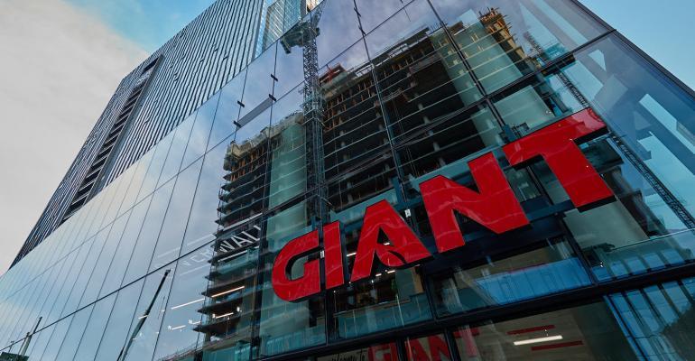 Photo_01_GiantRiverwalkOpen.jpg