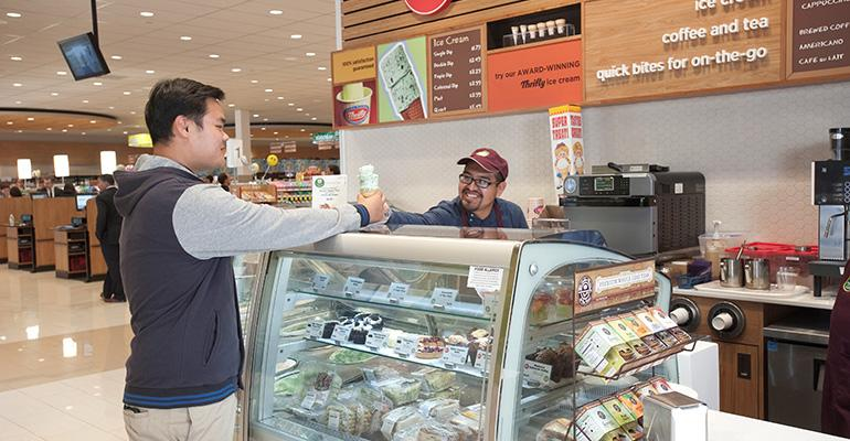 Rite_Aid_Thrifty_Ice_Cream_Beverly_Hills_store_cafe.jpg