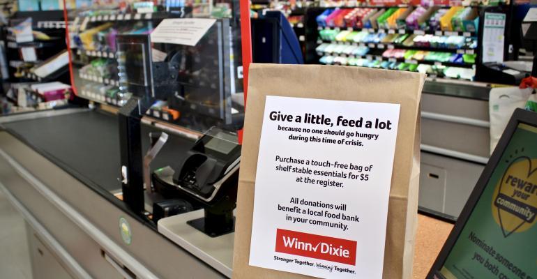 SE_Grocers-hunger_relief_bag-WinnDixie.jpg