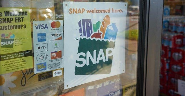 SNAP_program-store_sign-USDA.jpg