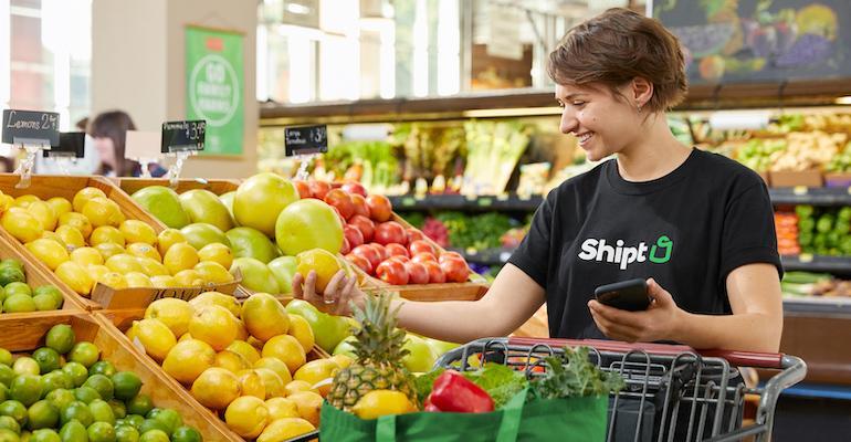 Shipt_personal_shopper-grocery-produce.jpg