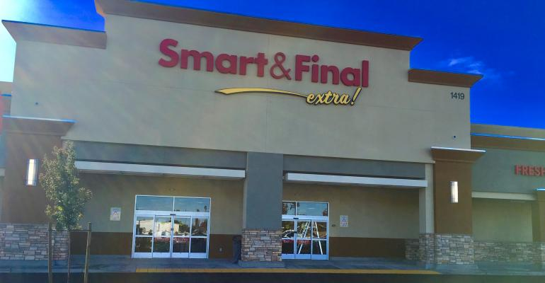 Smart_&_Final_Extra_store_front.jpg
