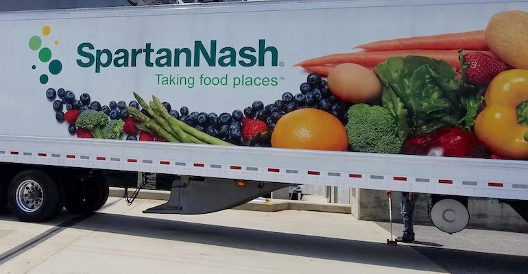 SpartanNash_truck_trailer-closeup.jpg