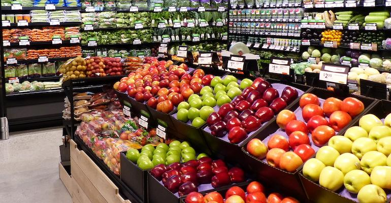 Supermarket_produce_section-closeup-Photo_by_RR.jpg