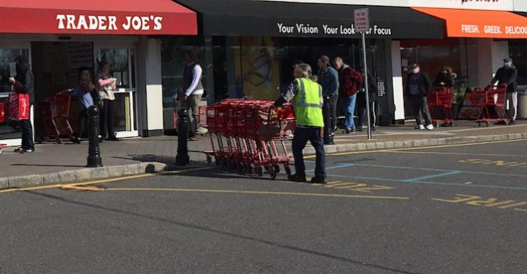 Trader_Joes-Plainview_NY-coronavirus_shopper_capacity_limit.jpg