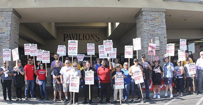 UFCW_324_rally_at_Pavilions_7-3-19 web2.png