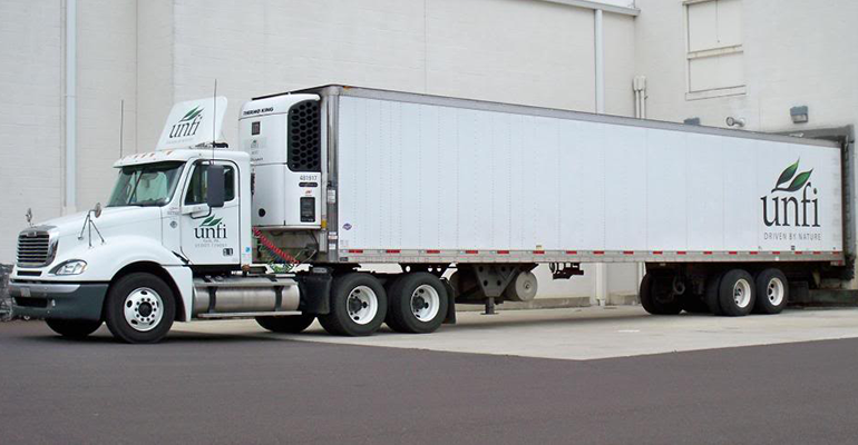 UNFI_truck_at_DC_1.png