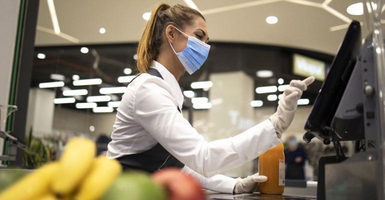 Viewpoint-grocery worker-GettyImages-1270761514.jpg