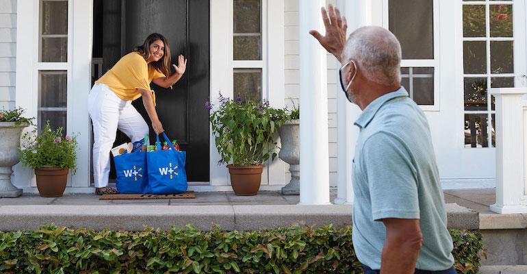 Walmart+_home_delivery_customer.jpg
