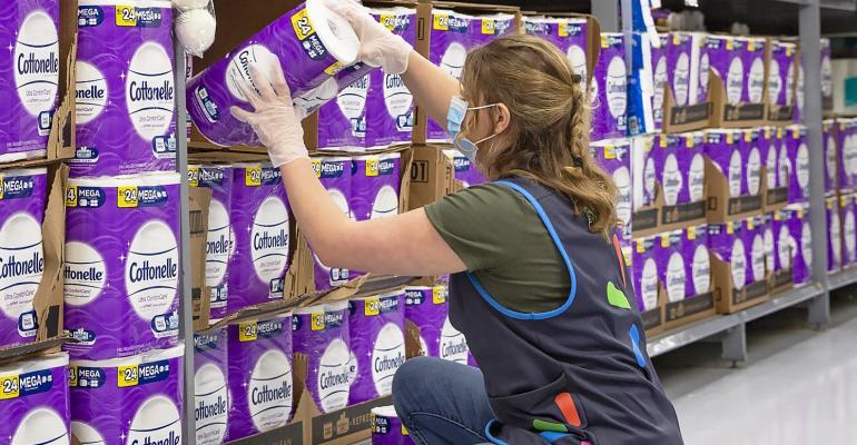 Walmart_stock_worker_with_face_mask-coronavirus.jpg