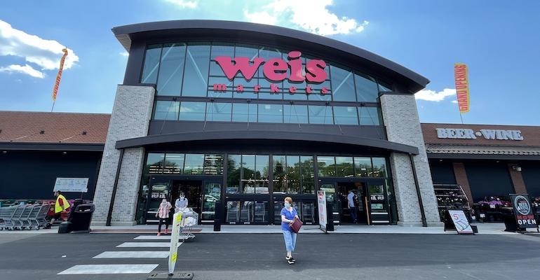 Weis Markets store-Bethlehem PA-May 2021.jpg