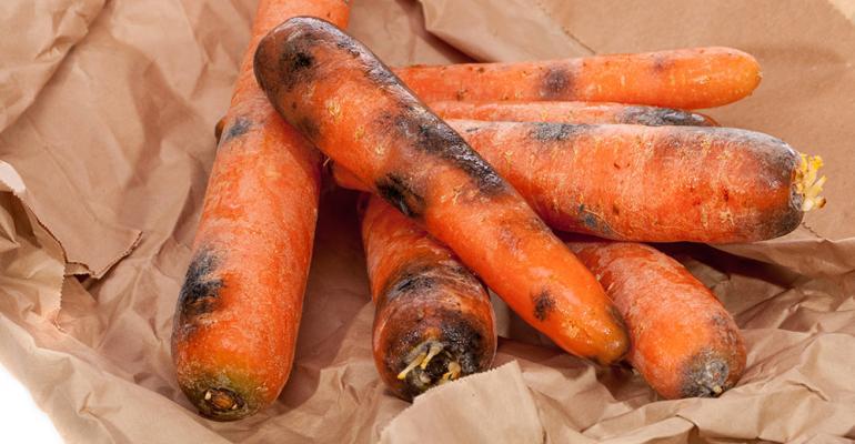 carrotsfoodwaste.jpg