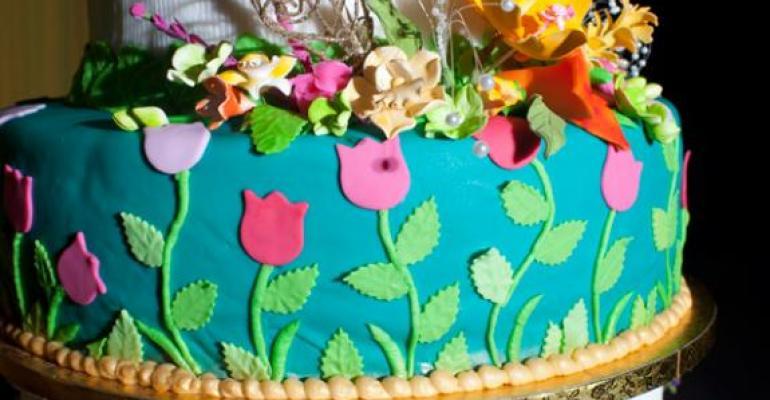 Cake of Love: Wedding Cake Sales Grow
