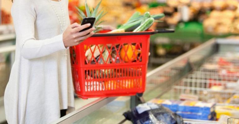 grocery_shopper_basket_cellphone copy.jpg