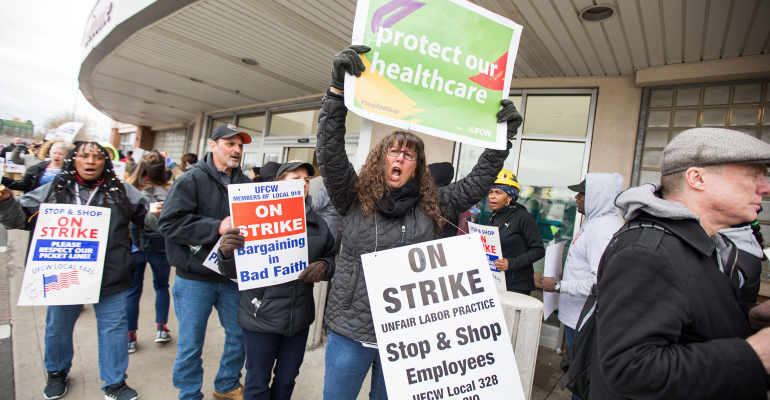 stop-and-shop-strike-picket-line-getty-promo.png