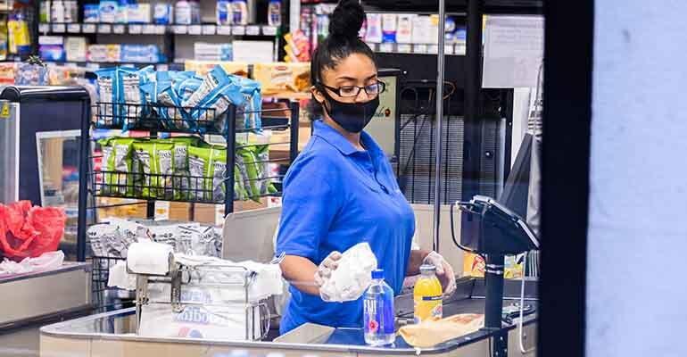 supermarket-worker-wearing-mask-nyc.jpg