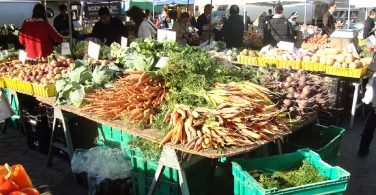 Local Outpaces Organic Produce