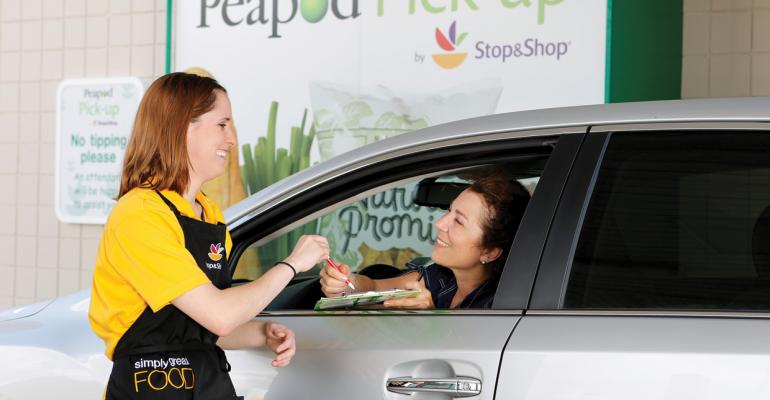 More Online Shoppers Pick Up Groceries at the Store
