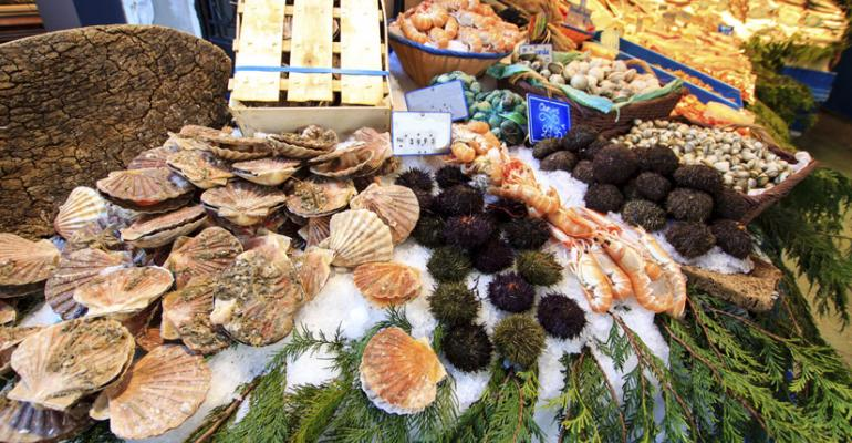 Retailers work to expand reach of seafood