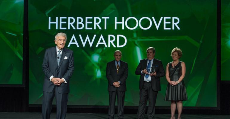 Haggai receives FMI humanitarian award