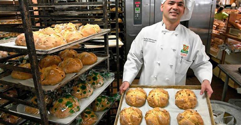 Stew's, Roche Bros. promote seasonal bakery items